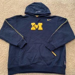 Nike vintage hoodie Michigan M of U